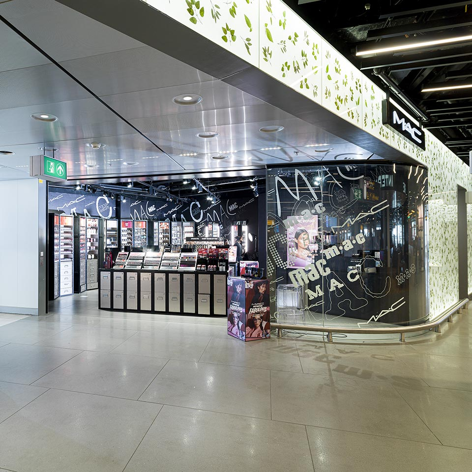 M.A.C Cosmetics winkel op Schiphol